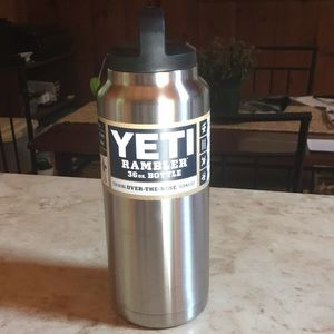 36 OZ Insulated Water Bottle